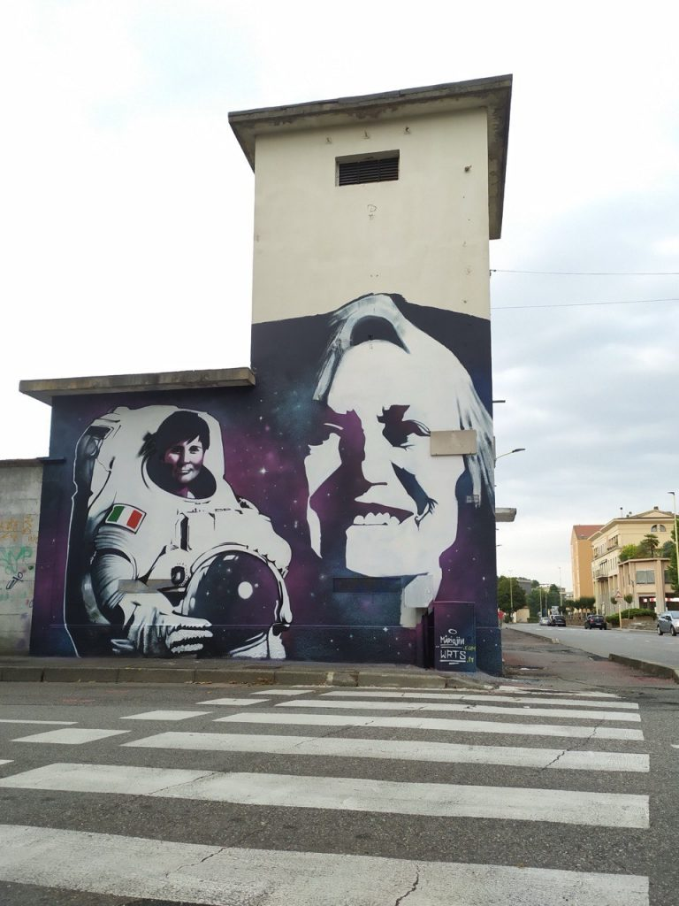 Donne Spaziali – Quartieri a colori pt.2