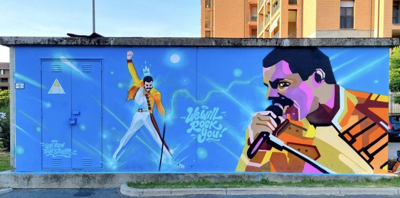 Freddie Mercury- Quartieri a colori pt.2